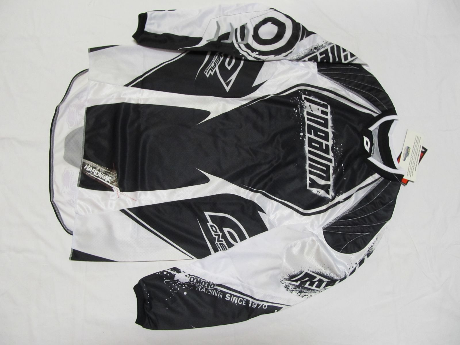 Dres Hardwear-bílá/černá ONEAL